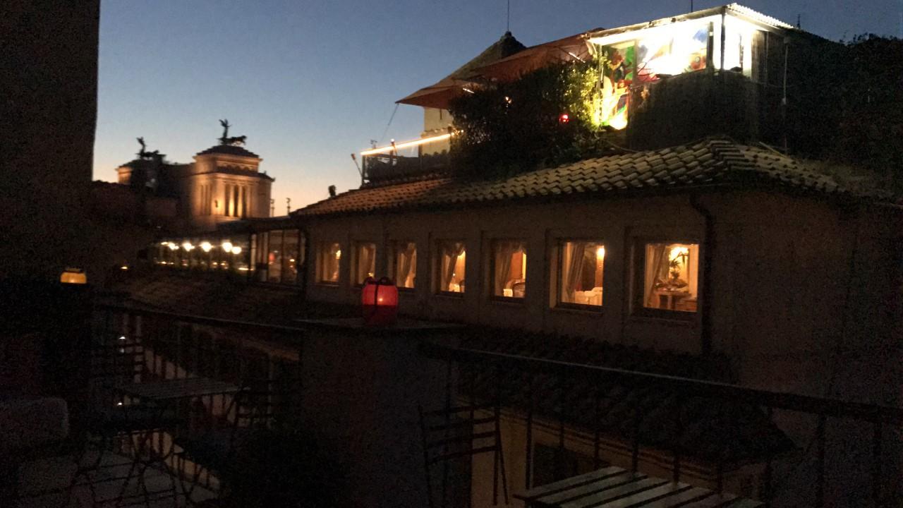 Casa argileto a roma il nuovo concetto di guest house for Casa fabbrini guest mansion roma